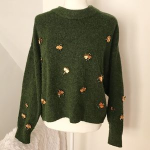 H&M Green Chunky Sweater with Gold Tone Bugs